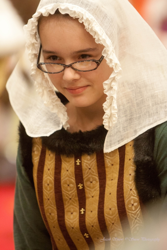 My daughter Mirella wearing the first ruffled veil I made for my Laureling ceremony.